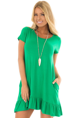 Kelly Green Short Sleeve Tunic with Ruffle Hem front closeup