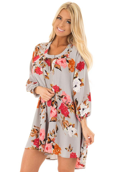 Cloud Grey Floral Print Flowy Tunic with Hidden Pockets front closeup