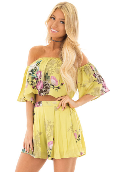 Citrus Yellow Floral Print Two Piece Set front closeup