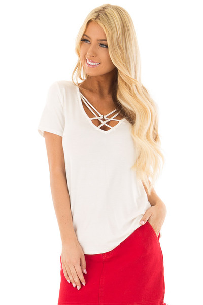 Ivory Short Sleeve Criss Cross Top with O Ring Detail front close up