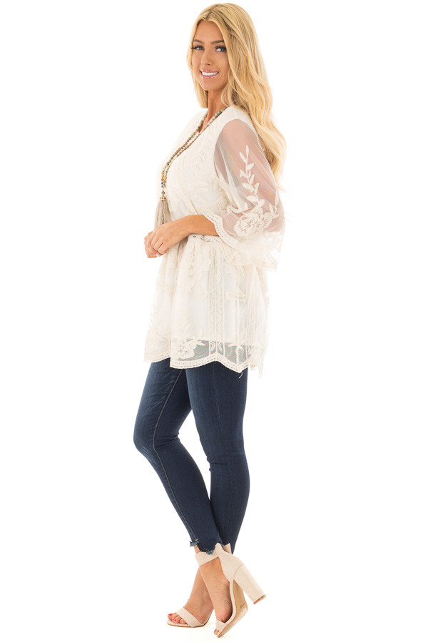 Cream Floral Lace Top with Sheer 3/4 Sleeves side full body