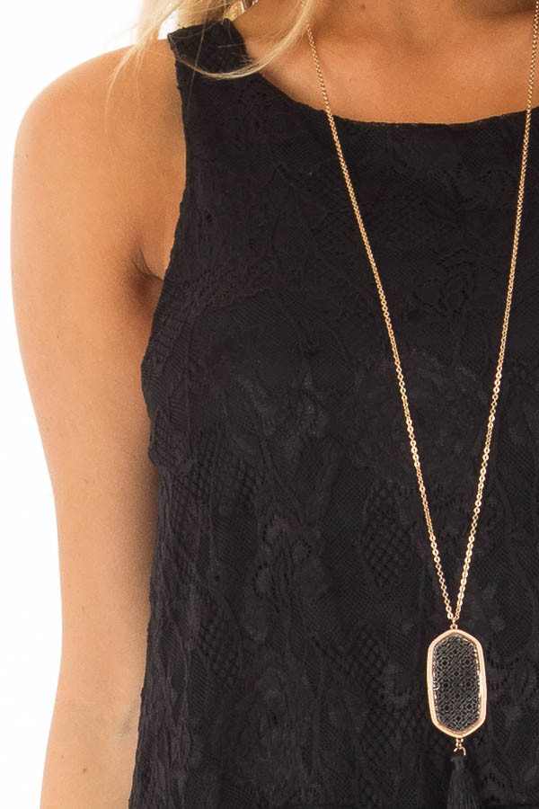 Black Sleeveless Lace Tunic Top front detail