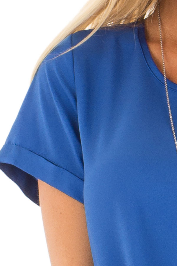 Azur Silk Short Sleeve Top with Zipper Back front detail