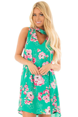 Kelly Green Floral Print Dress with Cut Out V Neckline front closeup