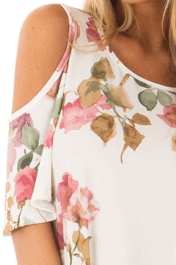 Ivory Watercolor Cold Shoulder Floral Dress with Pockets detail