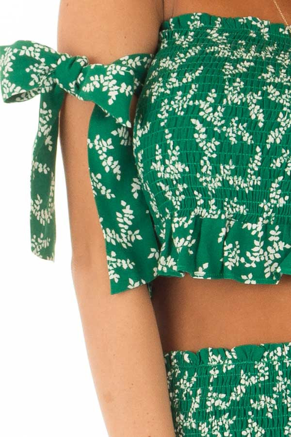 Emerald Green Leaf Print Two Piece Outfit detail