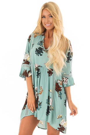 Dusty Blue Floral Print 3/4 Sleeve Tunic front close up