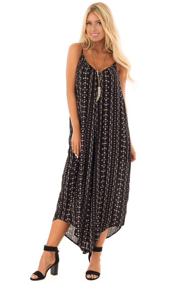 Black Oversized Arrow Print Jumpsuit with Side Pockets front full body
