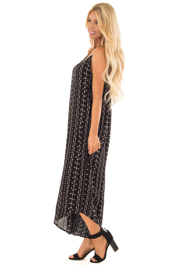 Black Oversized Arrow Print Jumpsuit with Side Pockets side full body