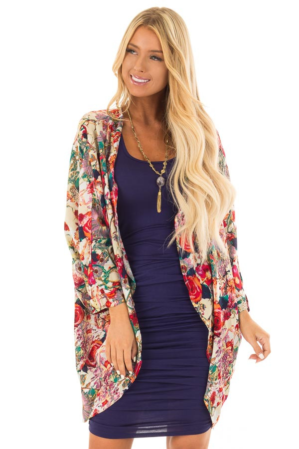 Multicolor Floral Print Open Rounded Hem Kimono front close up