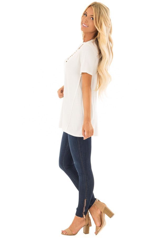 Ivory Short Sleeve Tee with Knotted Cut Out Detail side full body
