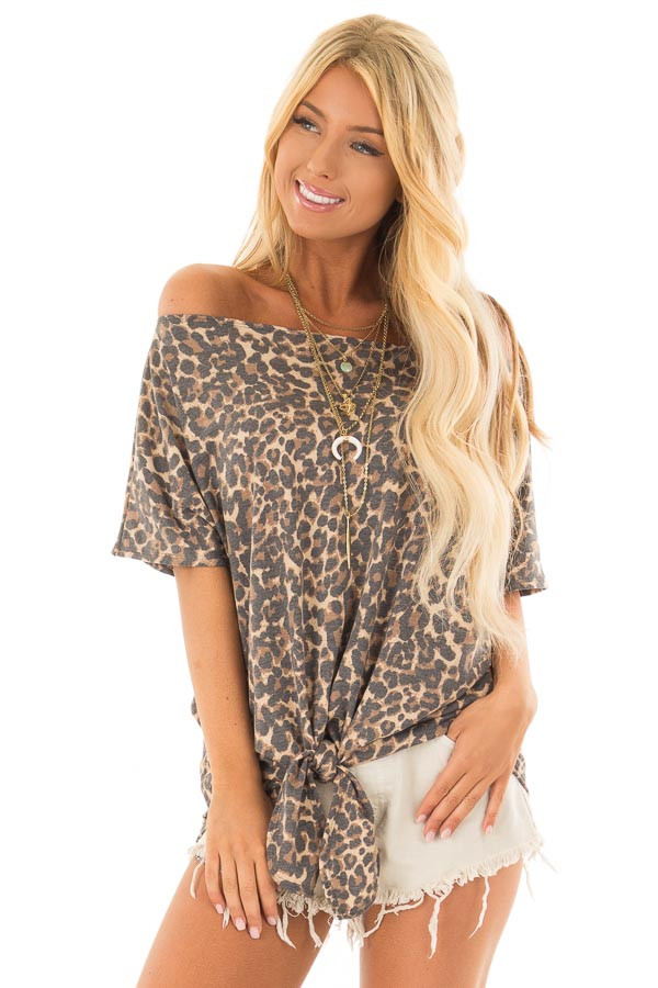 Leopard Print Short Sleeve Top with Front Tie Detail front closeup