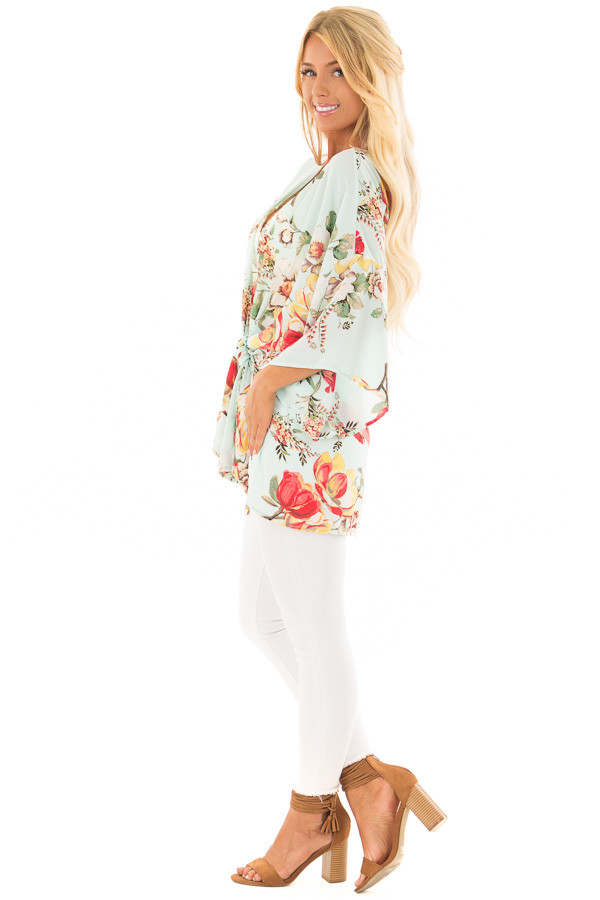Light Blue Floral Print Short Sleeve Kimono with Tie Option side full body