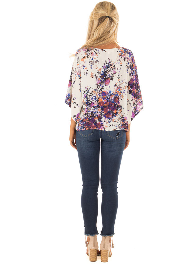 Cream Floral Print Short Sleeve Top with V Neckline back full body