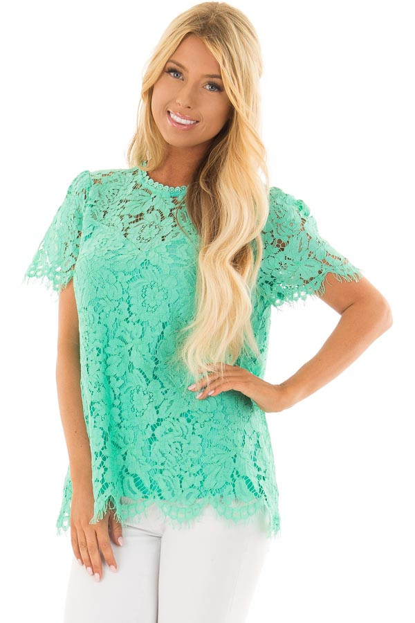 Emerald Short Sleeve Lace Top With Scalloped Hem front closeup