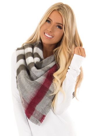 Heather Grey Plaid Oblong Scarf with Fringe Detail front close up