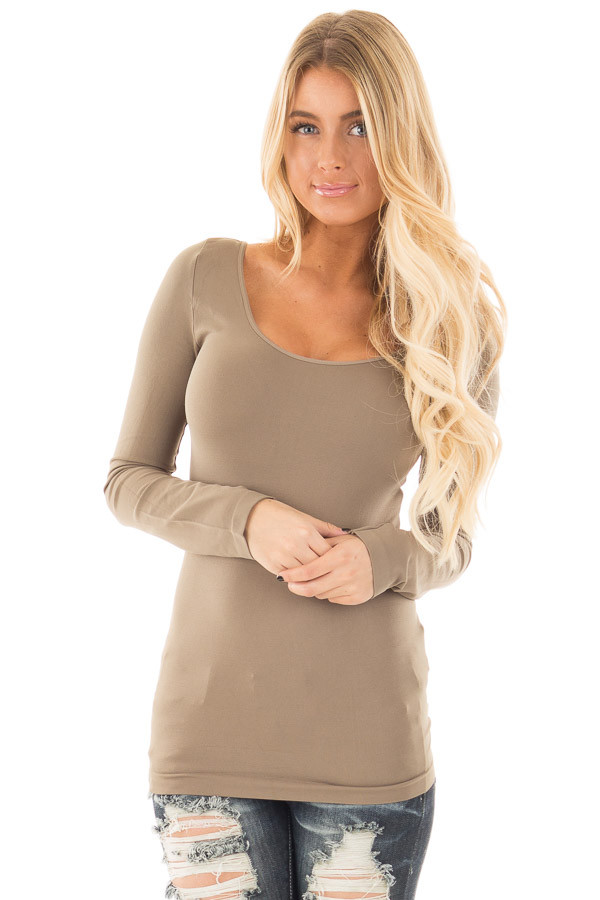 Ivy Seamless Long Sleeve Top front close up
