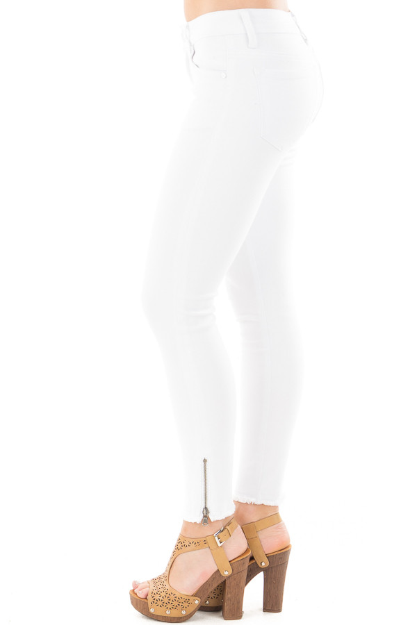 White Skinny Jeans with Zipper and Frayed Edge Detail side left leg