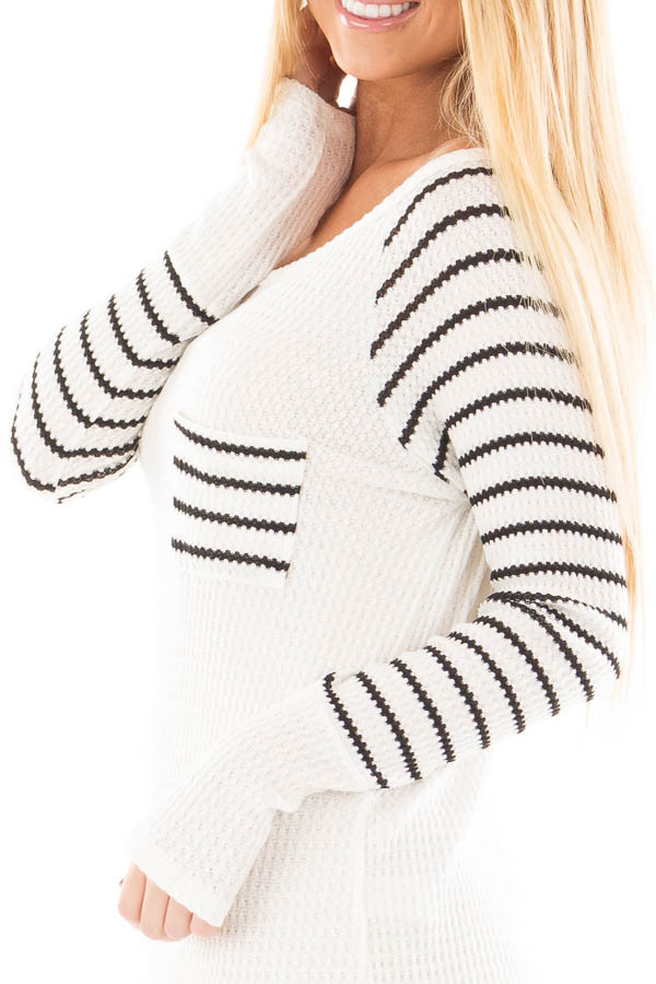 Ivory Hi-Low Raglan Sleeve Top with Knit Front Pocket Detail detail