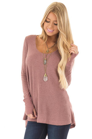 Mauve Hi-Low Waffle Textured Long Sleeve Top front close up