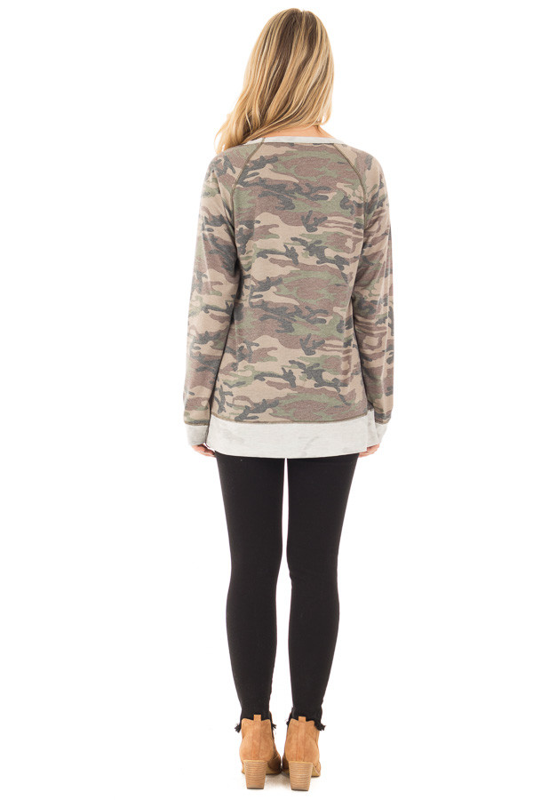 Camouflage Raglan Top with Beige Contrast and Side Slits back full body