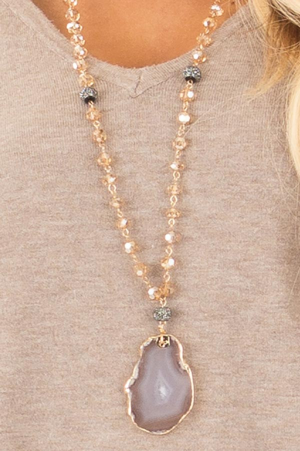 Light Colorado Glass Beaded Necklace with Stone Pendant
