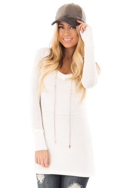 Ivory Thermal Knit Long Sleeve V Neck Top front close up