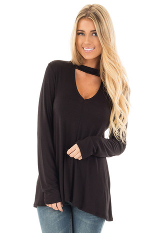 Midnight Black Keyhole Detail Flowy Tunic Top front close up