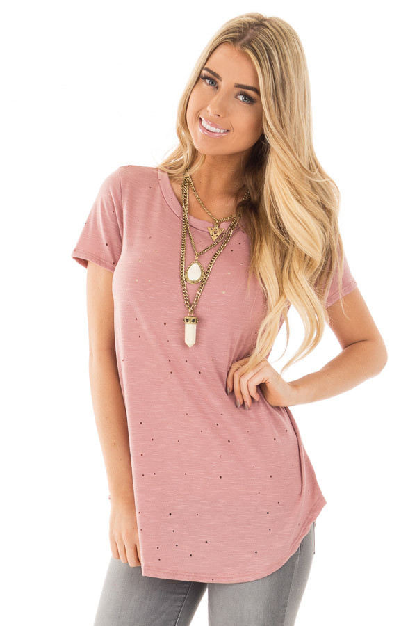 Dusty Rose Basic Tee with Cut Out Hole Details front close up