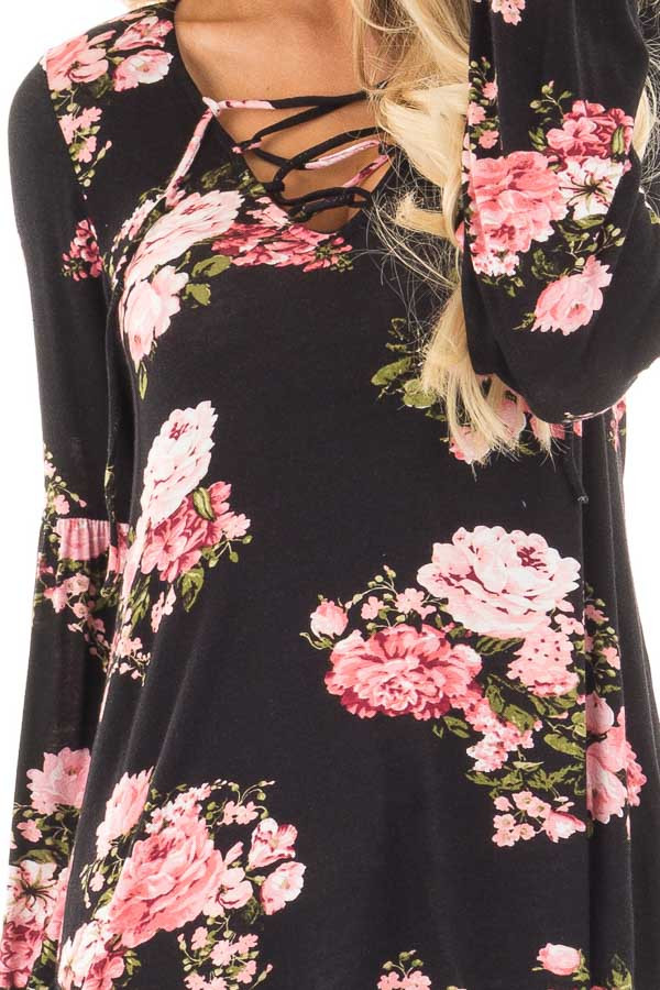 Black Blush Floral Criss Cross Top with Poof Sleeve Detail detail