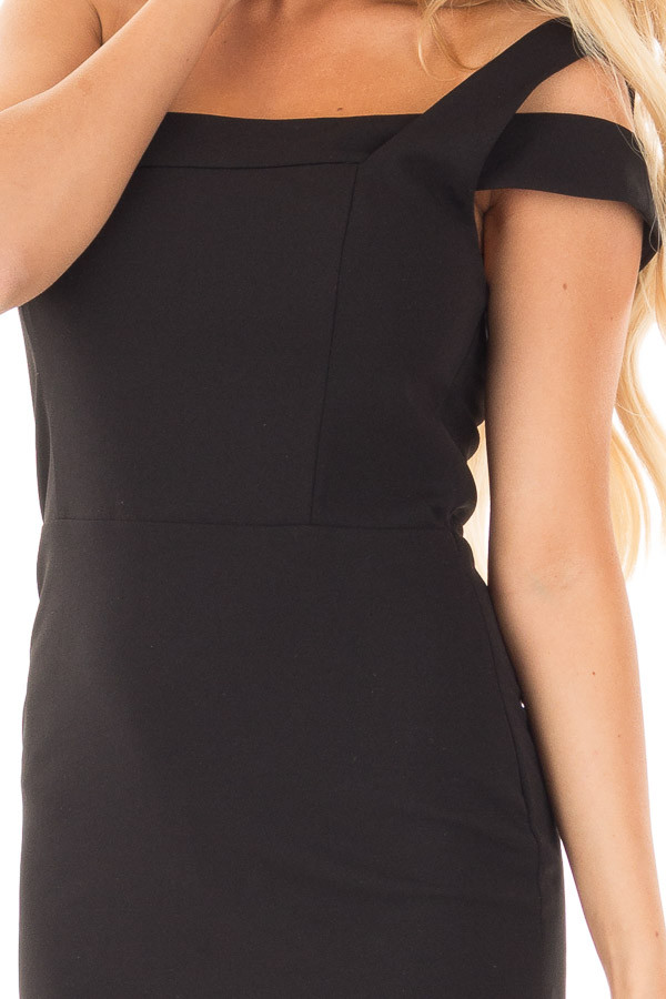 Black Off the Shoulder Bodycon Dress detail