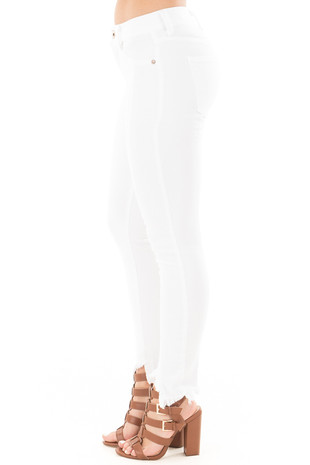 White Skinny Jeans with Seam Details and Frayed Hem side right leg