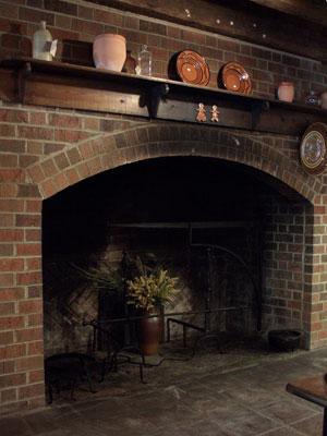 fireplacesmall.jpg