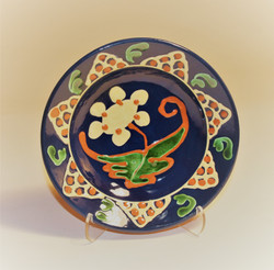 # 823 Decorated Plate