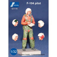PJ Productions F-104 Pilot standing Figure 1:32