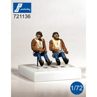 PJ Productions RAF pilots seated in a/c (WWII) - 2 Figures 1:72 (PJP721136)