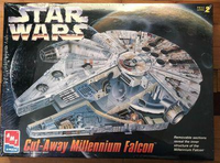 AMT/ERTL #8789 Star Wars Cut-Away Millennium Falcon Model Kit