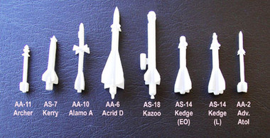 OzMods Scale Models AS-13 Kingbolt pack of 2 Accessories 1:144