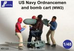 PJ Productions 4x US Navy Ordnancemen and bomb cart WW 2 Figures 1:48