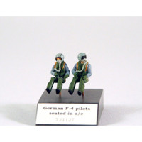 PJ Productions 2x Modern German pilots seated in aircraft Figures 1:72