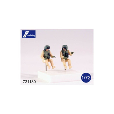 PJ Productions 2 x AH-64 helicopter crew (Figures 1:72)