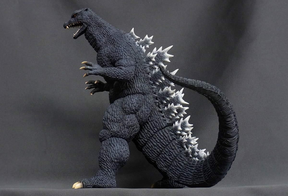 X Plus Godzilla 12 Series Godzilla 2004 Final Wars Version Figure Foxprowl Collectables Llc