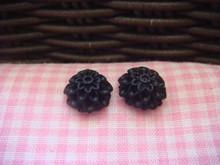 1cm Black Chrysanthemum Cabochon