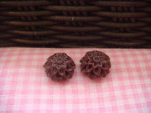 1cm Chocolate Chrysanthemum Cabochon