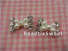 Crystal Bow with White Pearls Nail Accessories