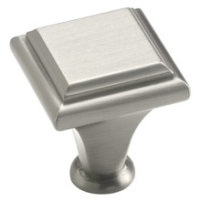 "1"" Square Knob Manor (26131) (AM26131)
