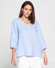 Match Point Linen V-Neck 3/4 Sleeve Pullover