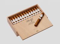 Davidoff Signature Petite Corona (4.5x41 / Box 25)