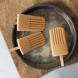 salted-bourbon-caramel-pops-avery-makes-and-does1.png