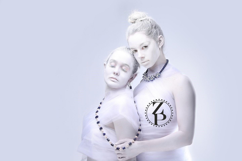 body-paint-editorial-photoshoot-model-pearl-jewelry-zuri-perle.jpg